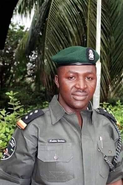 """""""I See Hope In The Greatness Of Nigeria After Reading The Story of DSP Garba"""" - Eze"""